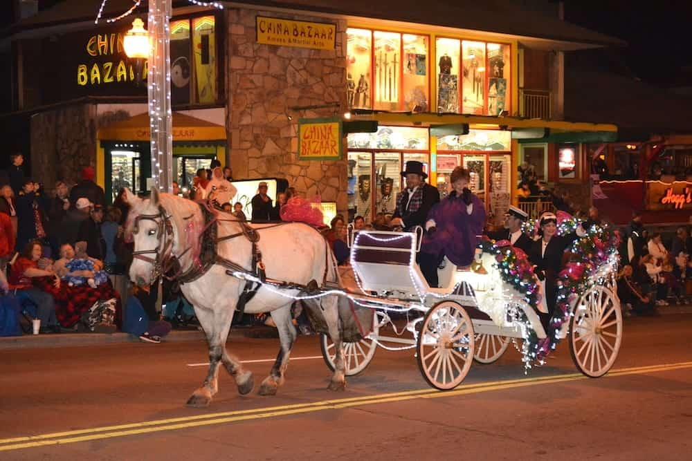 Horse and carriage in the Gatlinburg Christmas parade