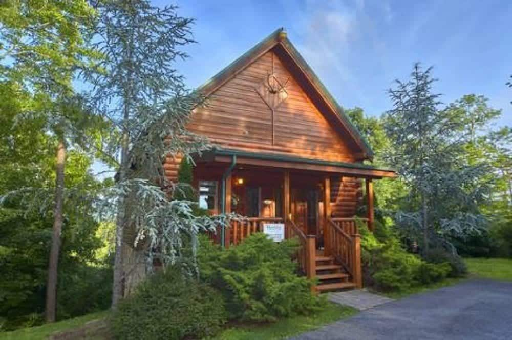 Enjoyable Alpine Chalet Rentals Gatlinburg Cabins In Gatlinburg Tn Interior Design Ideas Tzicisoteloinfo